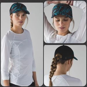 Lululemon Dash and Splash Cap~Palm Lace Tofino